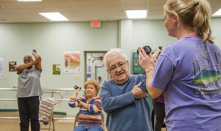 Sleeve à 50 – 65 – 70 ans : sleeve jusqu'a quel âge